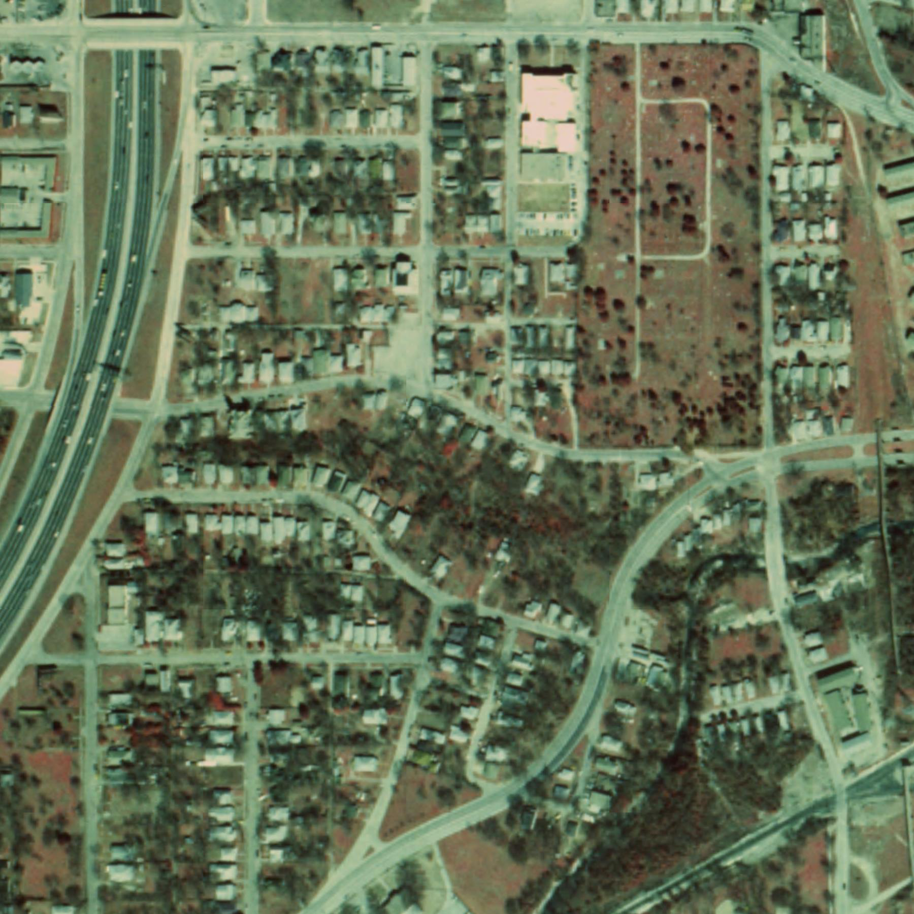 TenthStreet 1989